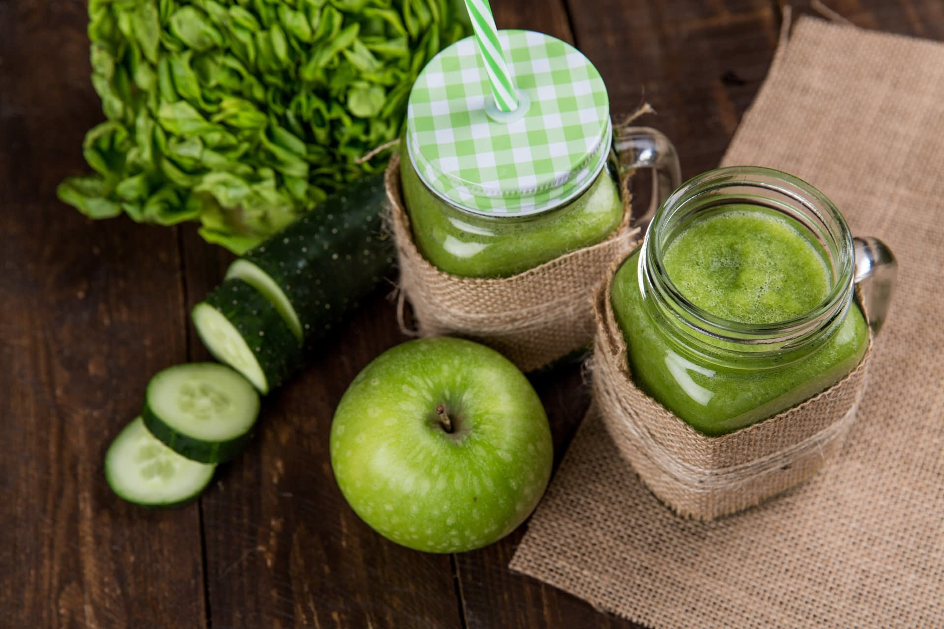 Check out the best masticating juicers below.