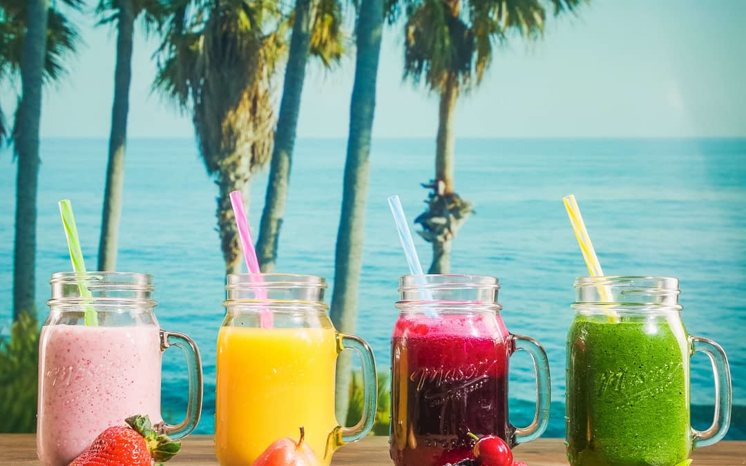 3-day Juice Cleanse Recipes (with Benefits & Tips)